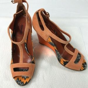 $780 Missoni Orange Peach Suede Peep Toe T Strap